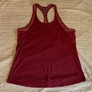 Victoria Sport Performance Tank Top Mesh Detail
